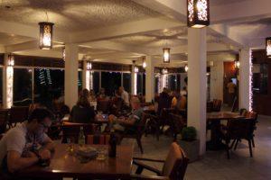 Direkt vor dem Strand, frische Meeresbrise erfühlen - Restaurant - Ypsylon Resorts